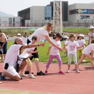 Pravi olimpijac mora imati snagu, brzinu, prijateljstvo, kapu i vodu!