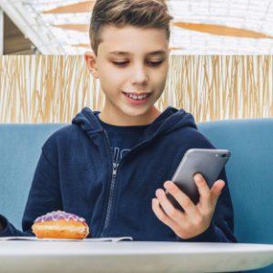 Mala djeca izložena lošoj hrani zbog reklama
